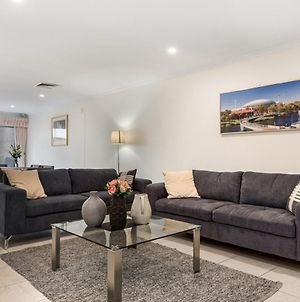 Adelaide Style Accommodation-Close To City-North Adelaide-3 Bdrm-Free Parking photos Exterior