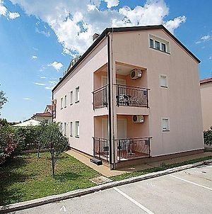 Apartment Bilic With Balcony photos Exterior