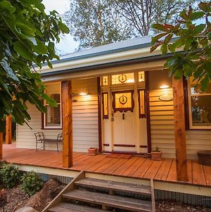 The Oaks Lilydale Accommodation photos Exterior
