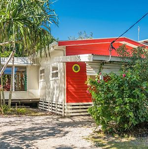 A Sweet Escape - Beachcombers Cottage Beachfront photos Exterior