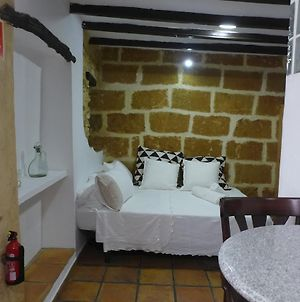 No.5B - Lovely Studio Apt With A/C In The Centre Of The Old Town photos Exterior