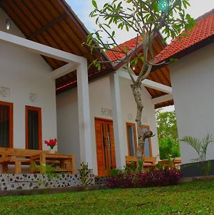 Wahyu Masari Homestay photos Exterior