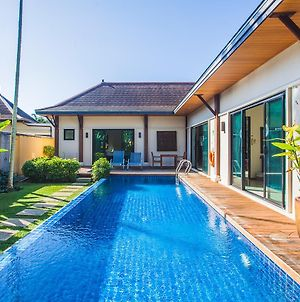 Three Bedroom Oriental Villa Layan photos Exterior