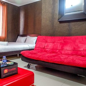 Spacious Studio The Lavande Residence Apartment Near Kota Kasablanka photos Exterior