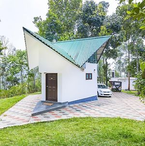 Cottage With A Garden In Munnar By Guesthouser 40232 photos Exterior