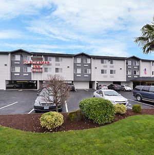 Clackamas Inn And Suites photos Exterior