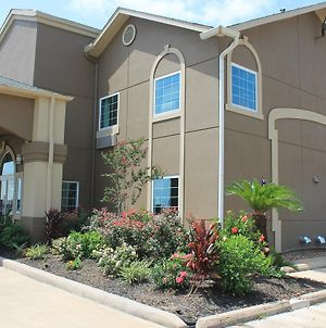 Quality Inn & Suites Port Arthur - Nederland photos Exterior
