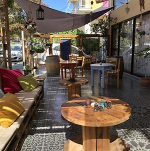 Rhodes Backpackers Boutique Hostel And Apartments photos Exterior