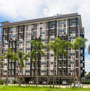 Life Grand Chiang Mai photos Exterior