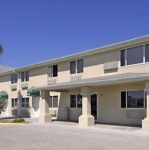 Super 8 By Wyndham Aransas Pass photos Exterior