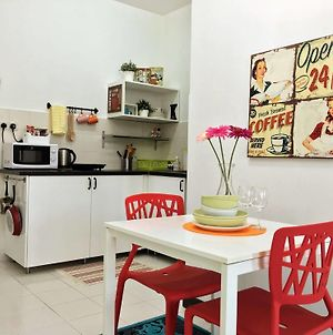 Vibrant Studio At Damansara Perdana photos Exterior