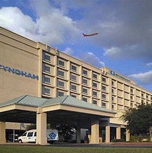 Wyndham Dallas Love Field photos Exterior
