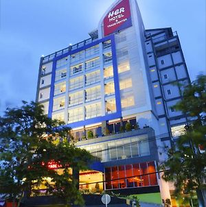 Her Hotel And Trade Center Balikpapan photos Exterior