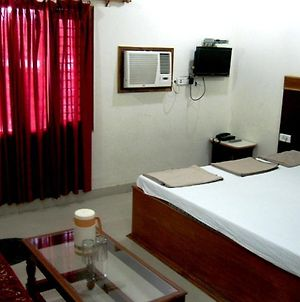 Hotel Ajay International photos Room