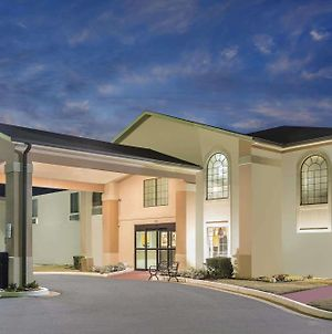 Super 8 By Wyndham Dawsonville photos Exterior
