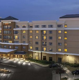 Courtyard By Marriott Newark Elizabeth photos Exterior