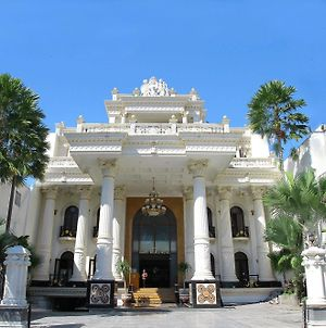 The Grand Palace Hotel Malang photos Exterior