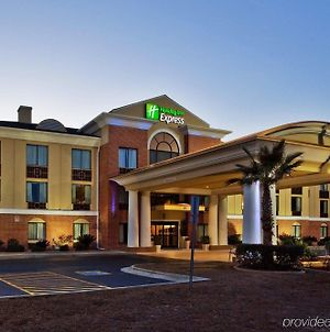 Holiday Inn Express Hinesville photos Exterior