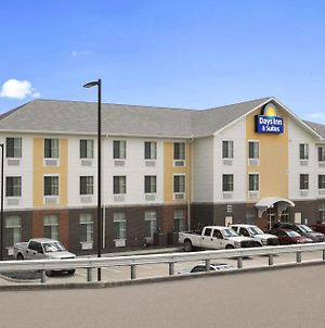 Days Inn & Suites By Wyndham Belmont photos Exterior