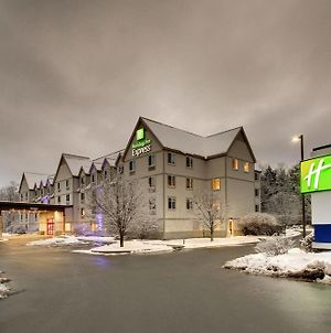 Holiday Inn Express & Suites - Lincoln East - White Mountains, An Ihg Hotel photos Exterior