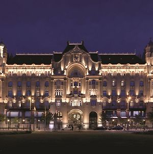 Four Seasons Hotel Gresham Palace Budapest photos Exterior
