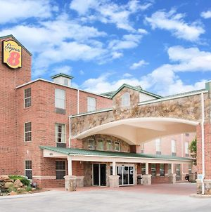 Super 8 By Wyndham Lubbock Tx photos Exterior