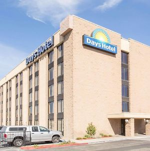 Days Hotel By Wyndham Oakland Airport-Coliseum photos Exterior