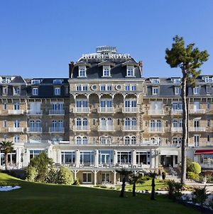 Hotel Barriere Le Royal La Baule photos Exterior