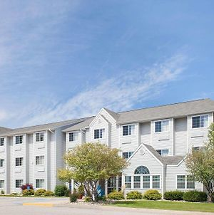 Microtel Inn & Suites By Wyndham Clear Lake photos Exterior