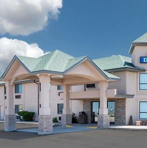 Days Inn By Wyndham Sidney photos Exterior