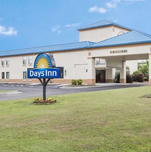 Days Inn By Wyndham Selma photos Exterior