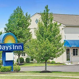 Days Inn By Wyndham Bethel - Danbury photos Exterior