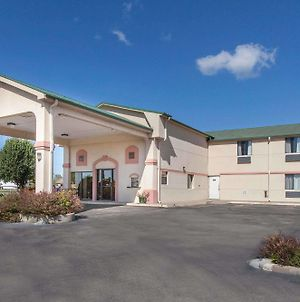 Super 8 By Wyndham Sallisaw photos Exterior