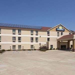 Days Inn By Wyndham Jefferson City photos Exterior