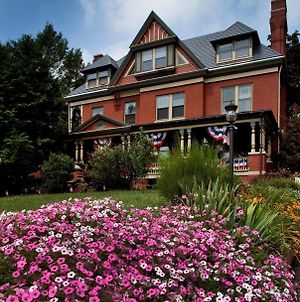 B. F. Hiestand House Bed & Breakfast photos Exterior