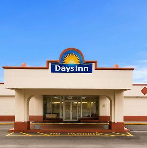 Days Inn By Wyndham Shelby photos Exterior