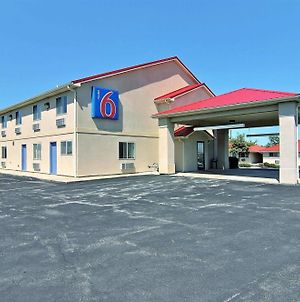 Motel 6 Gilman photos Exterior