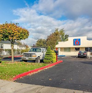 Motel 6 Gresham photos Exterior