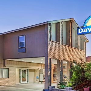 Days Inn By Wyndham Kenedy photos Exterior