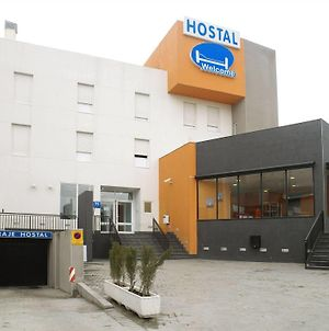 Hostal Welcome photos Exterior