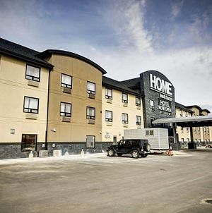 Home Inn & Suites Swift Current photos Exterior