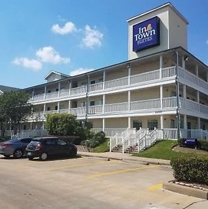 Intown Suites Extended Stay Houston/Greenspoint photos Exterior