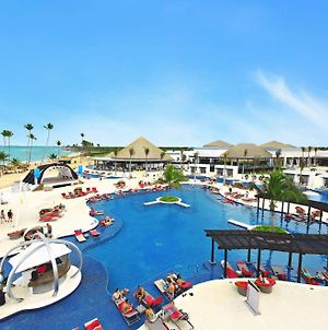 Chic By Royalton Resorts Adults Only All Inclusive photos Exterior