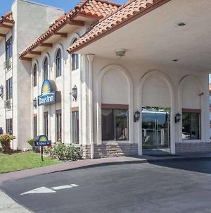 Days Inn By Wyndham Anaheim Near The Park photos Exterior