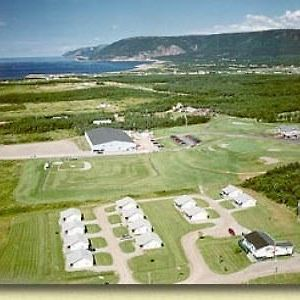 Cabot Trail Sea & Golf Chalets photos Exterior