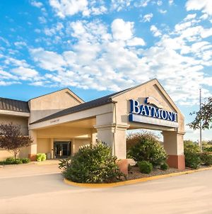 Baymont By Wyndham Topeka photos Exterior