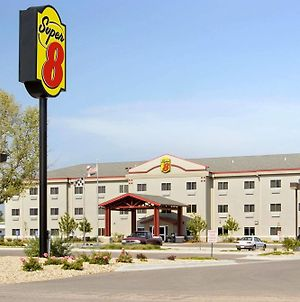 Super 8 By Wyndham Topeka At Forbes Landing photos Exterior