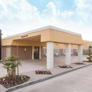 Days Inn By Wyndham Indio photos Exterior