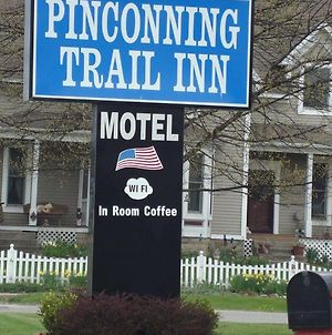Pinconning Trail Inn Motel photos Exterior