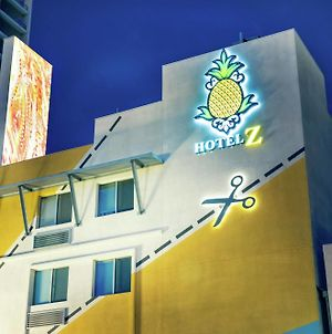 Staypineapple At Hotel Z photos Exterior
